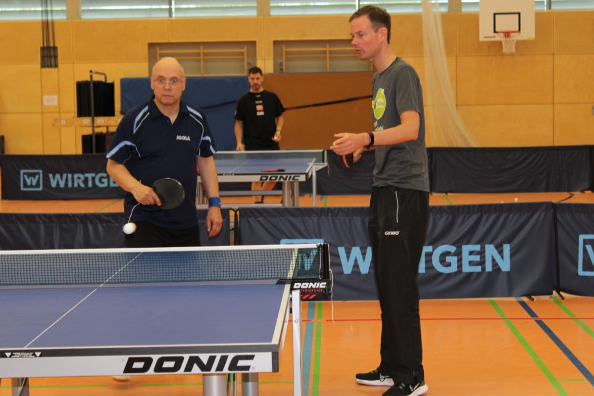 Table Tennis Sauer & Tröger Pimples Game and tactics tips by Sebastian Sauer
